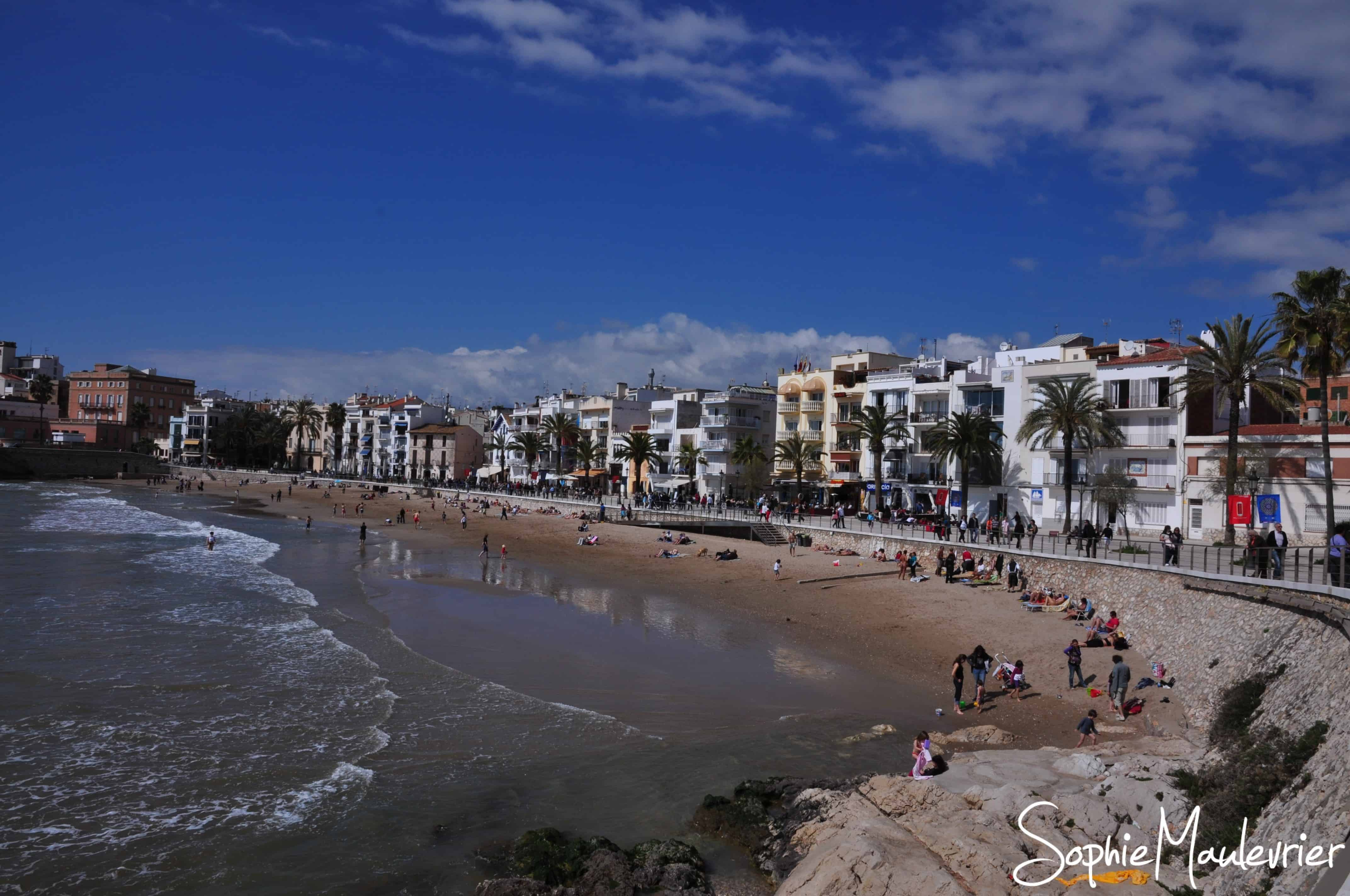 La plage de Sitges en Catalogne