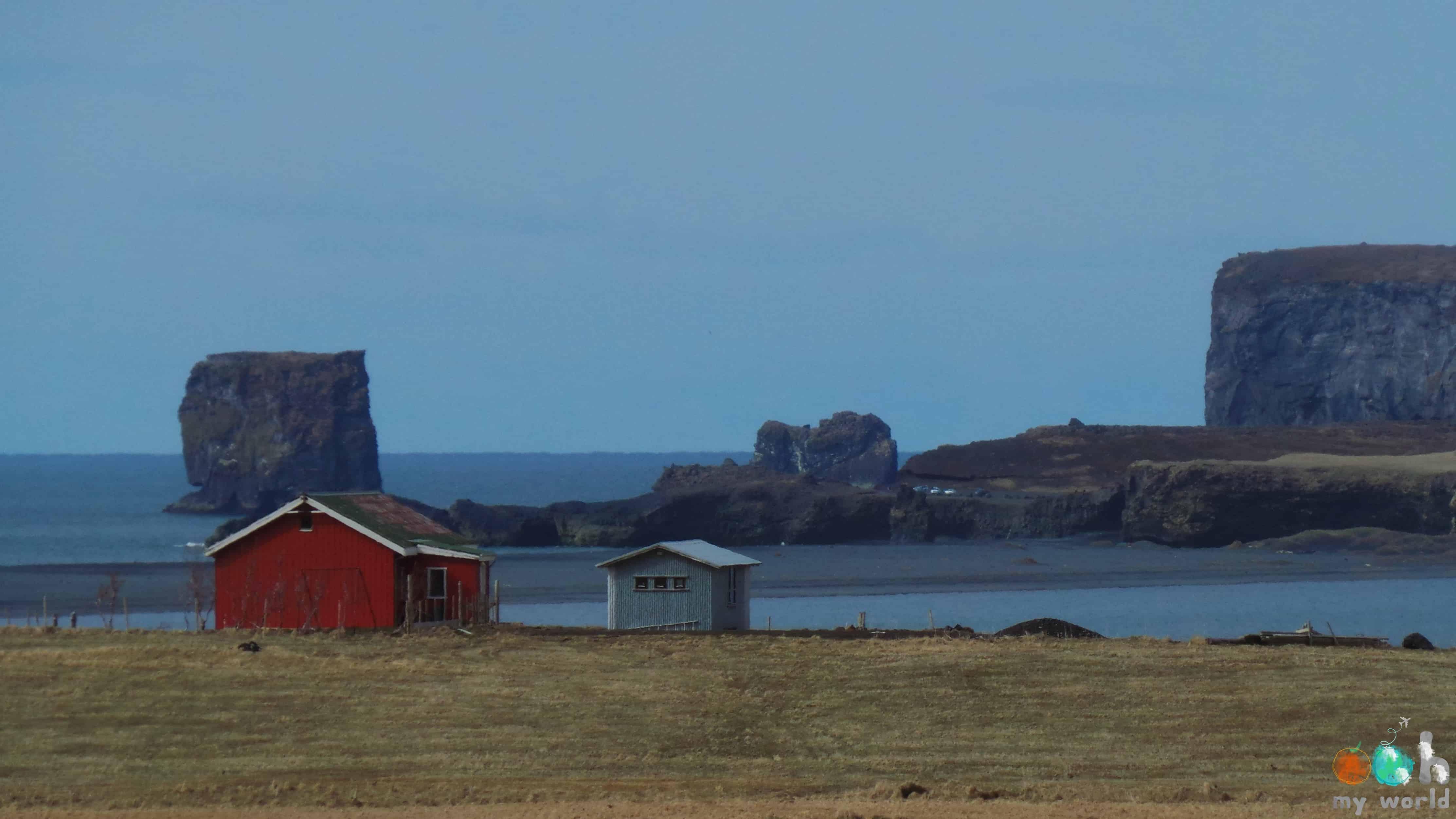 Le village de Vik en Islande en mai