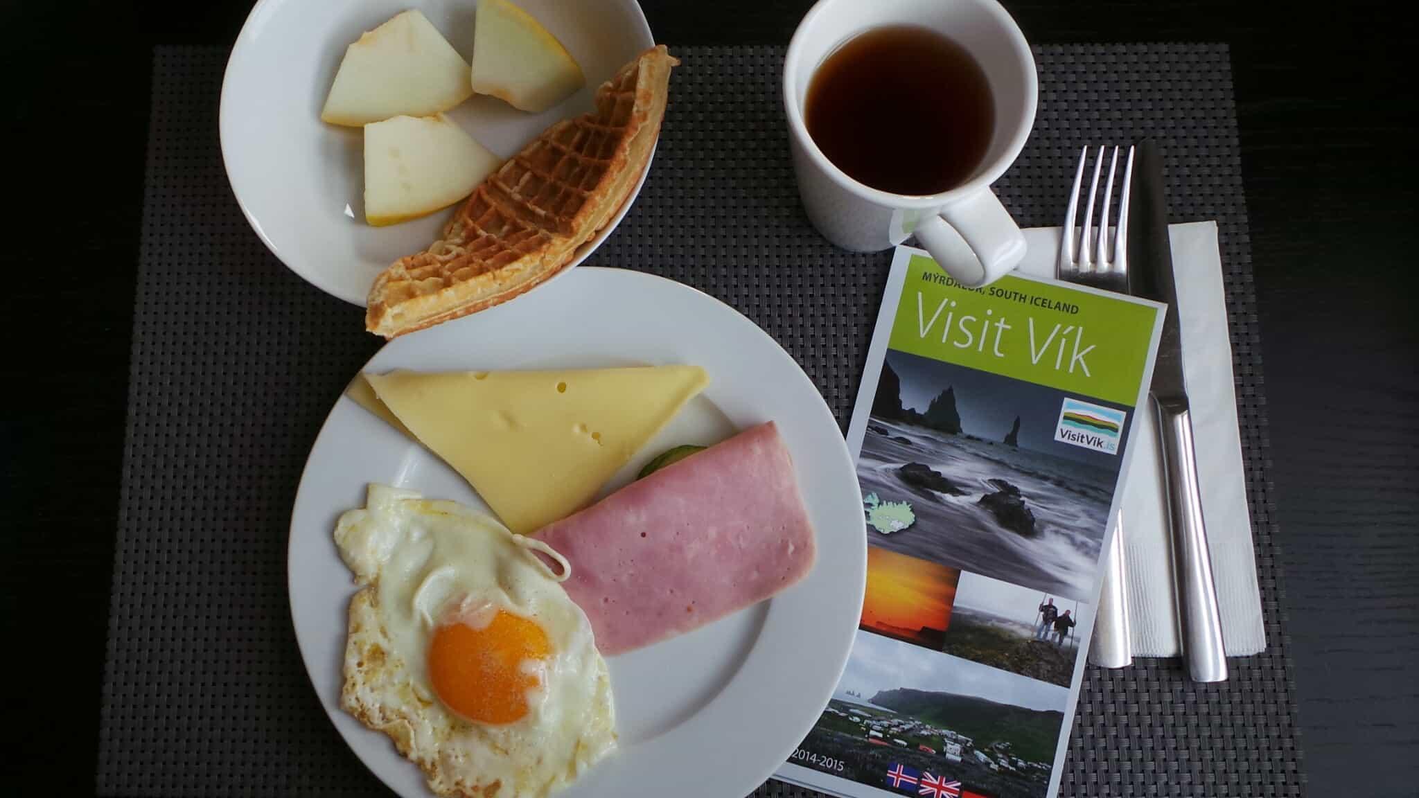 Petit déjeuner à l'hôtel Volcano à Vik en Islande