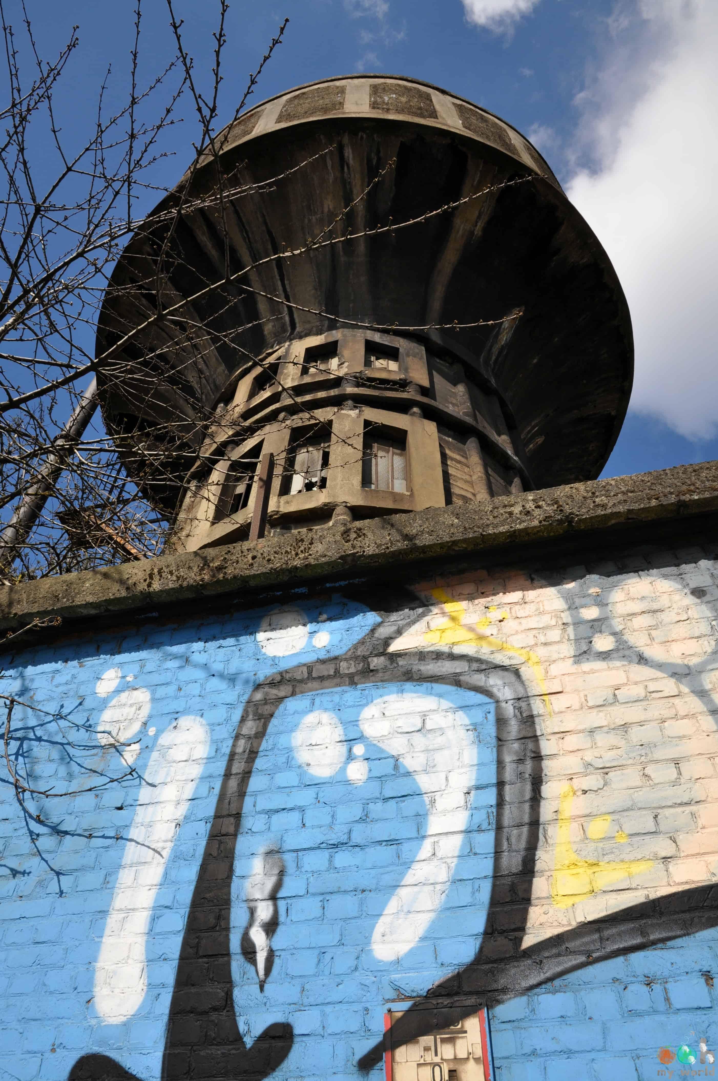Art_de_rue_et_usine_Charleroi