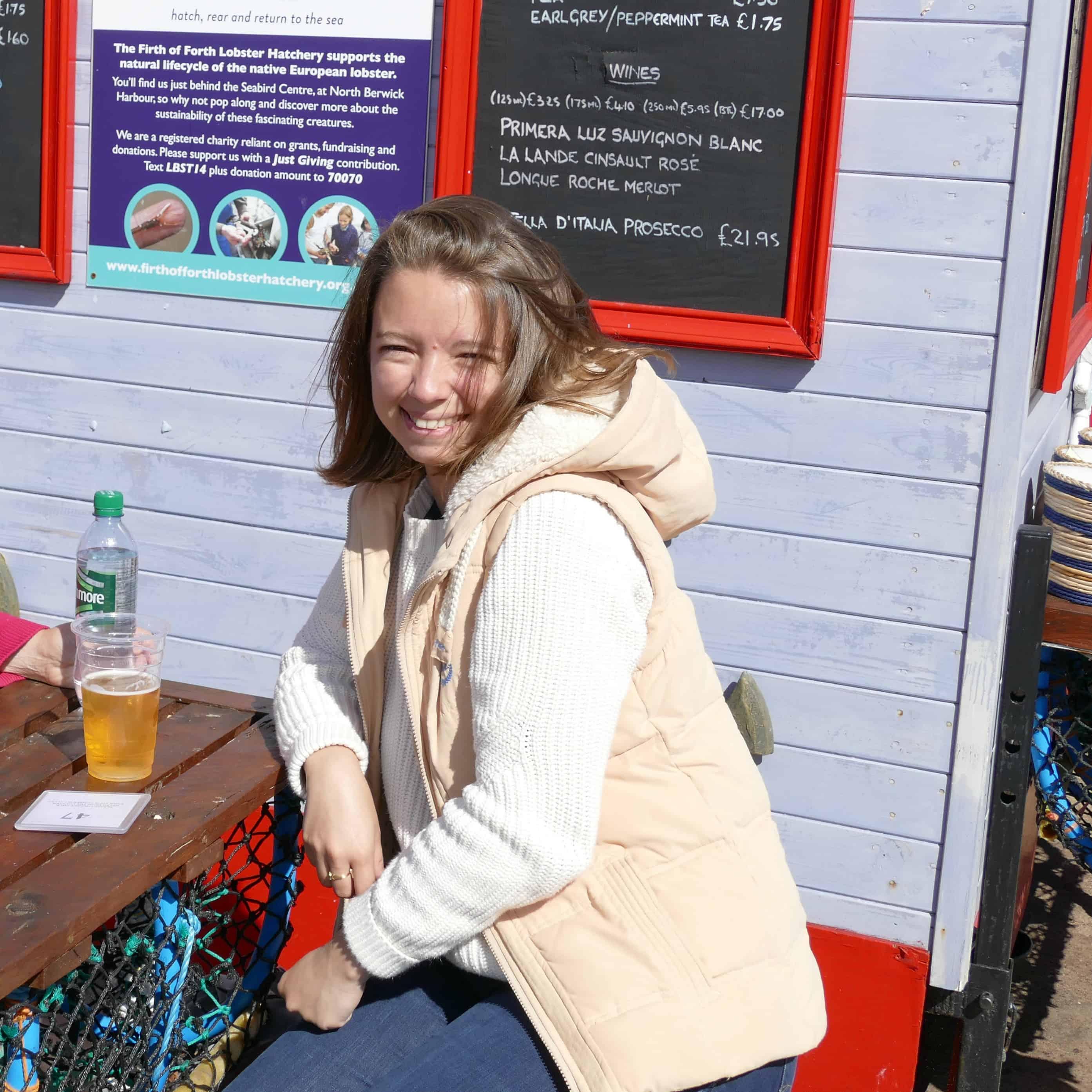 Sophie au Lobster Shack de North Berwick en Août 2016