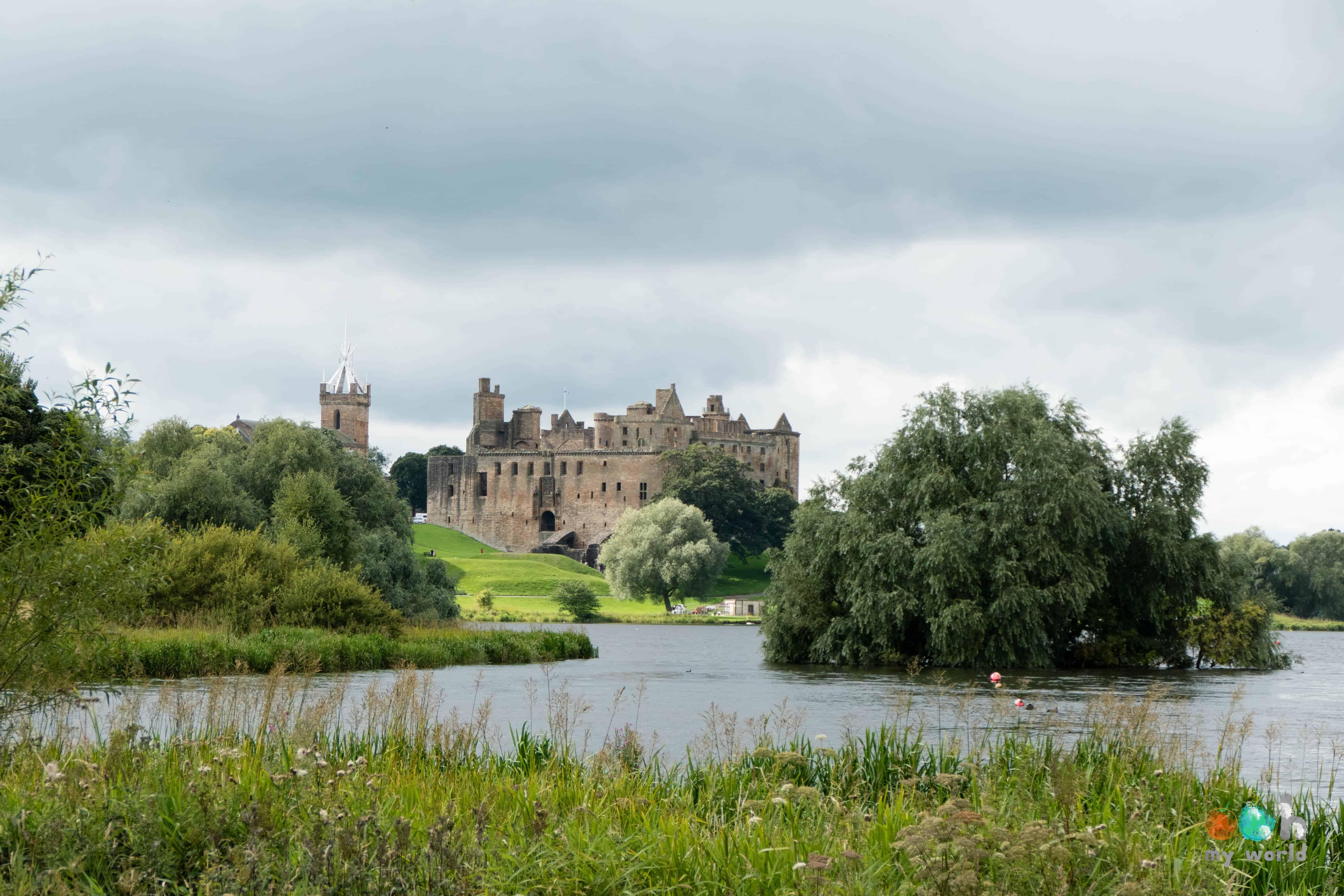 Château de Linlithgow et son loch