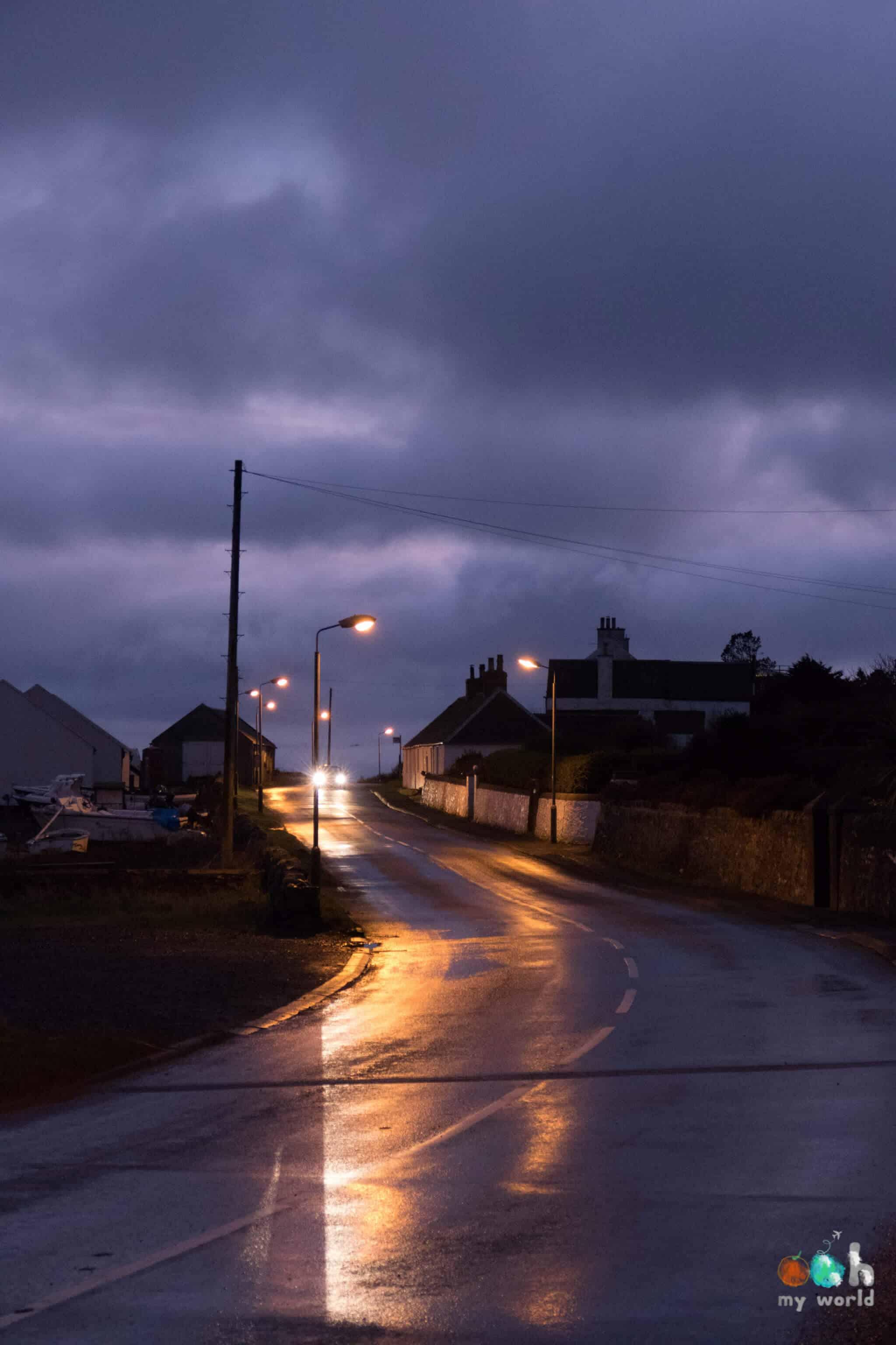 Sur les routes d'Islay pendant la nuit