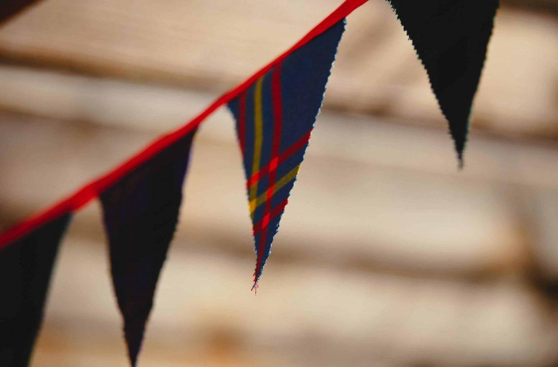 Banderole en tartan pour un mariage en Ecosse