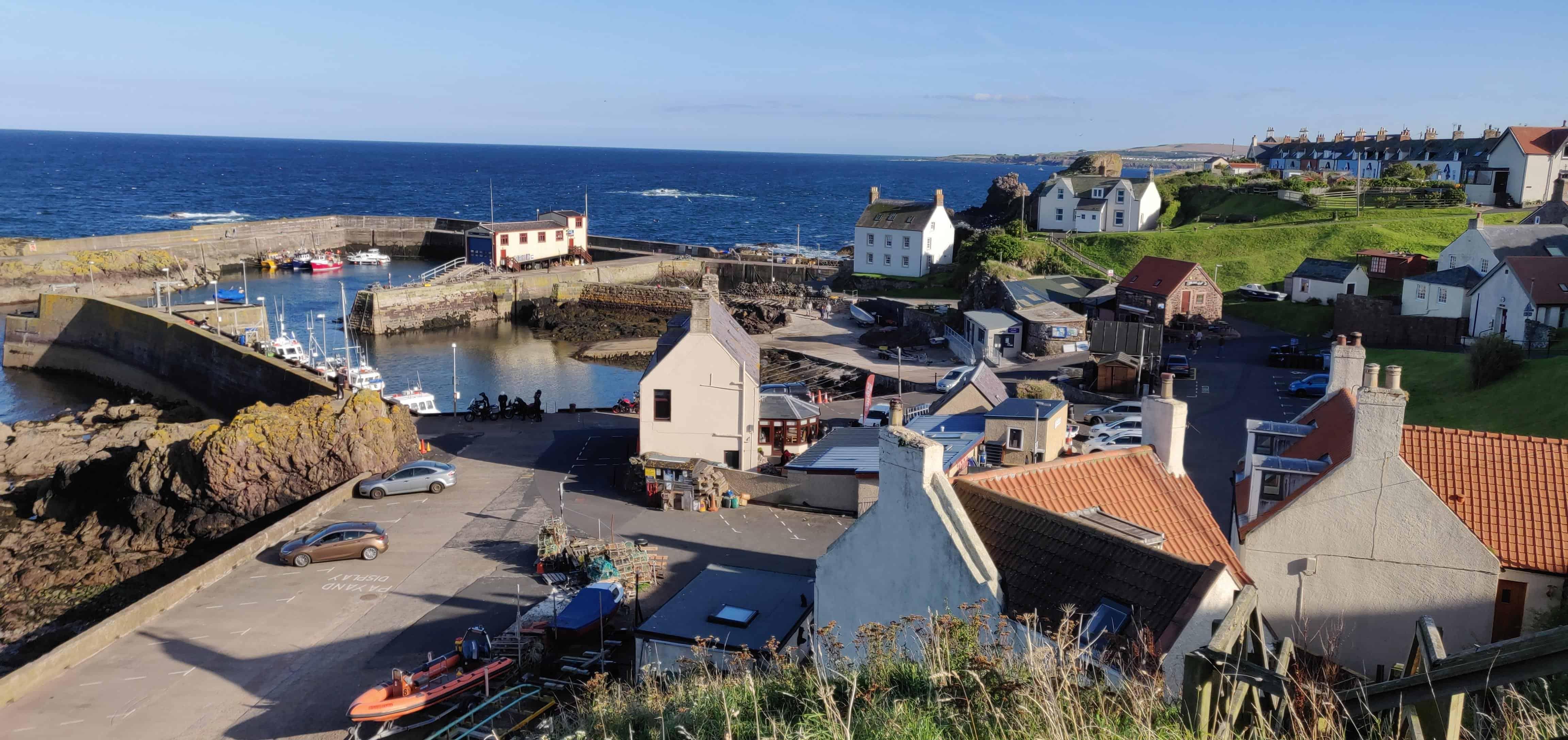 Village de St Abbs et son port de pêche